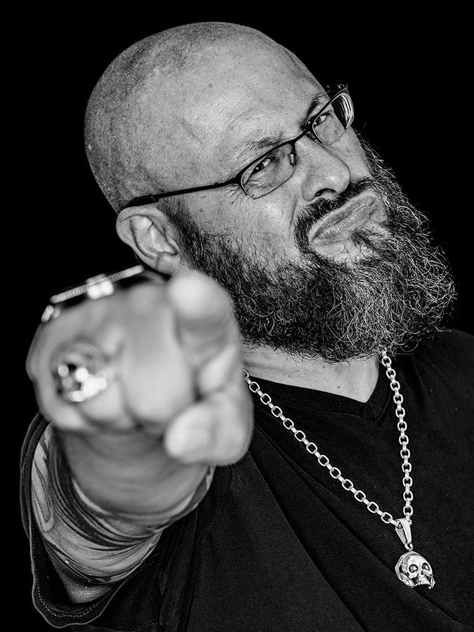 Chris Laut – Ohrenfeindt Faces of St. Pauli - eine Portrait-Reihe in Schwarz-Weiss