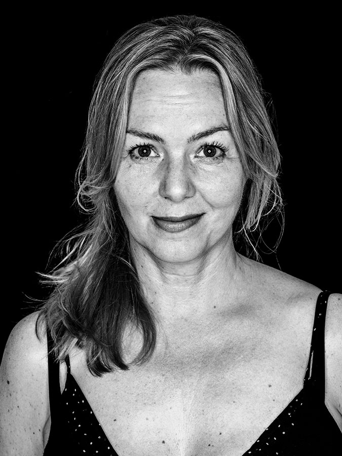 Simone Buchholz – Kiezautorin Faces of St. Pauli - eine Portrait-Reihe in Schwarz-Weiss
